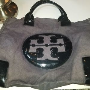 PRICED TO SELL. TORY  BURCH TOTE
